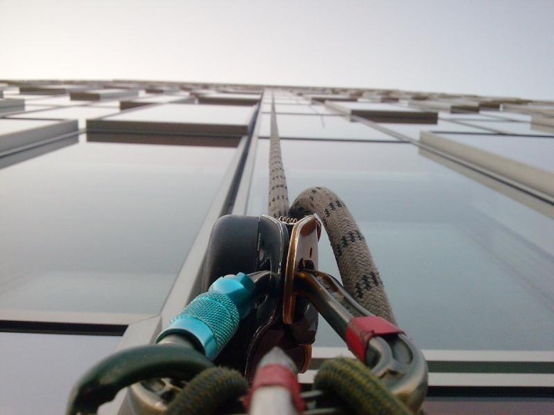 výškové práce - lano a karabína